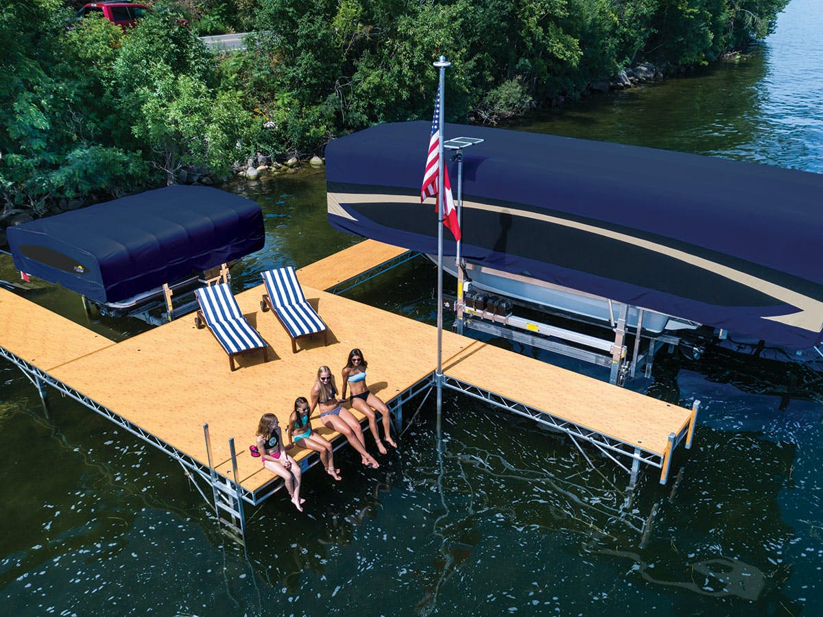 FLOE Roll-in Docks Maxis™ Canopy
