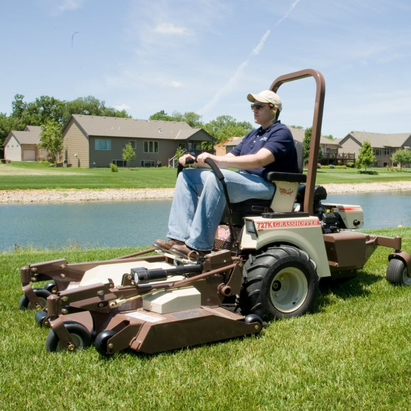 727T EFI Fuel-Efficient Zero-Turn Lawn Mower for Sale in