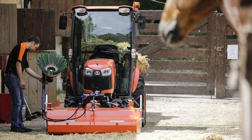 B2231 Kubota compact tractor