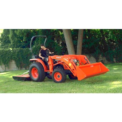 L1361 Kubota compact tractor
